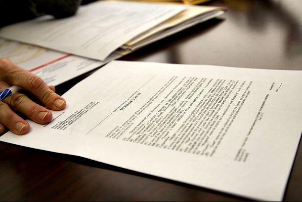 Perbedaan Paper dan Makalah yang Harus Dipahami